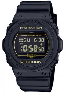 Đồng Hồ Nam Casio G Shock DW-5700BBM-1DF Dây Nhựa Đen - Viền Mặt Màu Vàng,tuổi thọ pin 2 năm, Kích thước vỏ48,9×45,4×13,4mm,Báo giờ đa chức năng,Tín hiệu thời gian hàng giờ,Lịch hoàn toàn tự động (đến năm 2039).