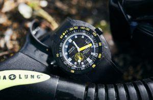 Top 7 chiếc đồng hồ carbon thể thao trọng lượng nhẹ